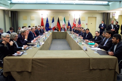 Negotiations_about_Iranian_Nuclear_Program_-_Foreign_Ministers_and_other_Officials_of_P5+1_Iran_and_EU_in_Lausanne.jpg